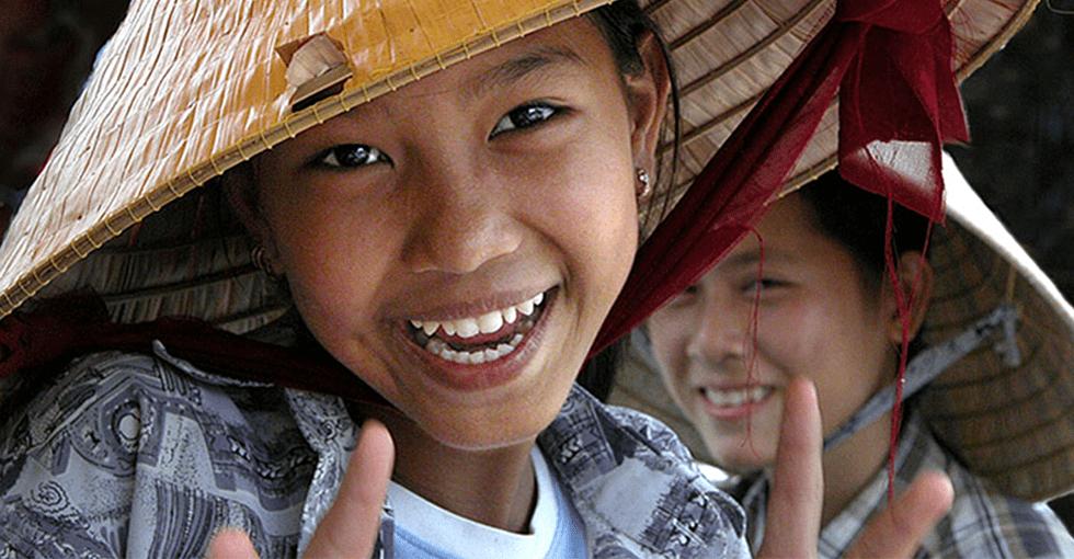 Vietnamesisk, smilende jente