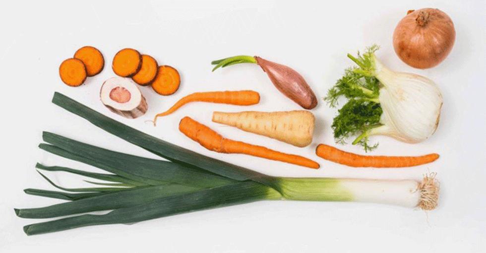 Diverse grønnsaker til kraftkoking