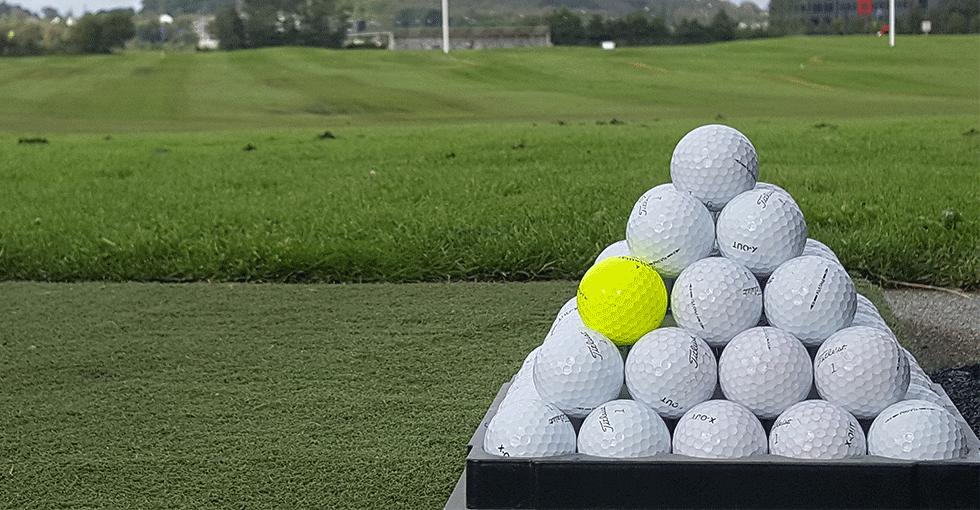 Golfballer i stabel