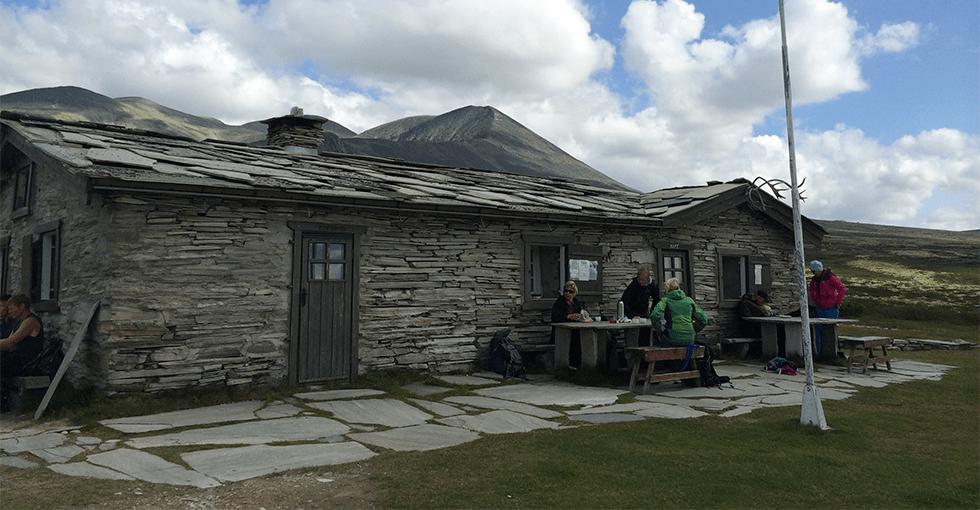 Turisthytte bygget i stein
