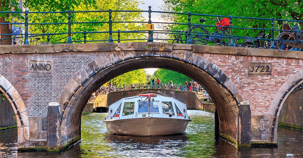 båttaxi på Rhinen